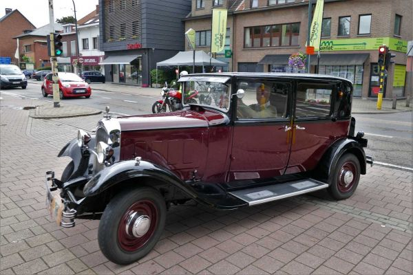 175-parel-der-voorkempen-oldtimerrit-2020-bruno-from-belgiumE2E3BB8D-1C1D-AE52-58AE-AED0DEE8F7CE.jpg